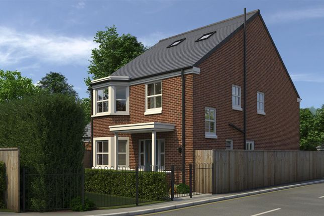 Thumbnail Detached house for sale in Mulberry Close, Beeston, Nottingham