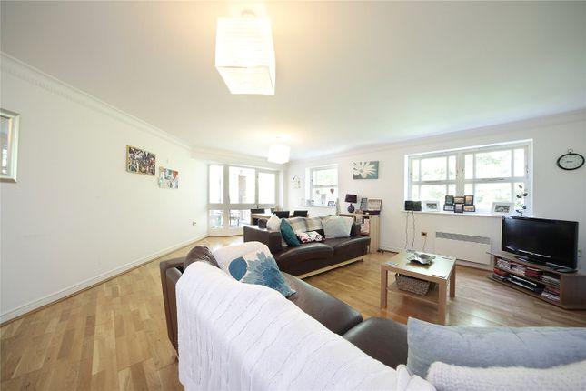 Thumbnail Flat to rent in Macmillan Way, Tooting Bec, London