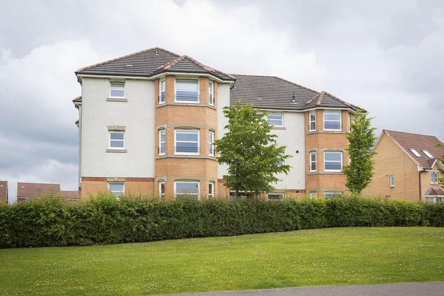 2 bed flat to rent in 60 Fieldfare View, Dunfermline KY11