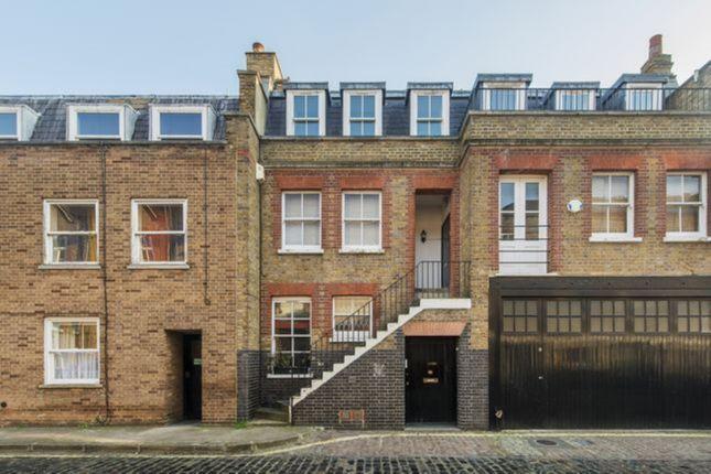 Thumbnail Flat to rent in 5 Weymouth Mews, London