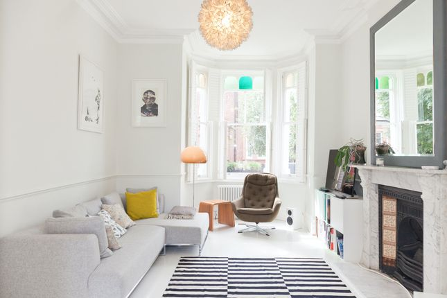 Thumbnail Town house to rent in Horsell Road, London