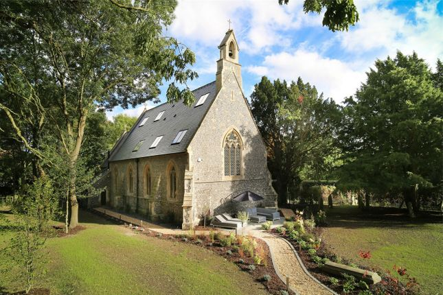Thumbnail Detached house to rent in Holy Trinity Church, Church Lane, Grazeley, Reading
