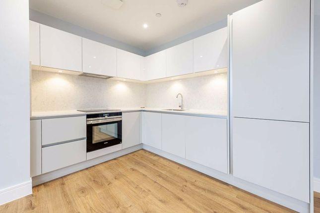 2 bed flat for sale in Morshead Yard, Hampton TW12