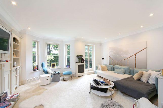 Thumbnail Property to rent in St John's Villas, Kensington Green, London
