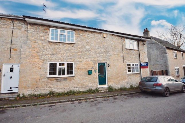 Thumbnail Cottage to rent in Latham Street, Brigstock, Kettering