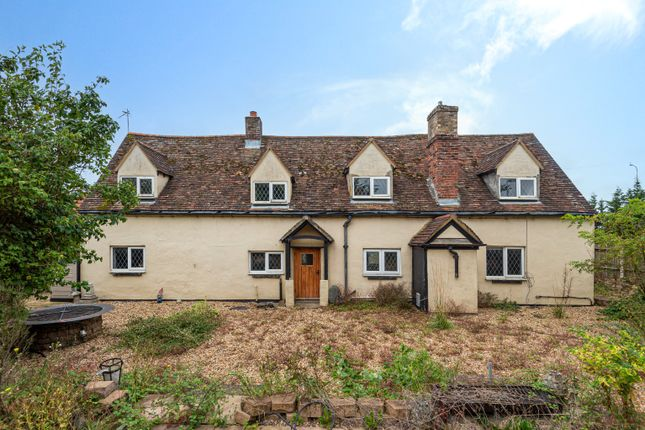 4 bed detached house for sale in Mulberry Cottage, Great North Road, Wyboston MK44