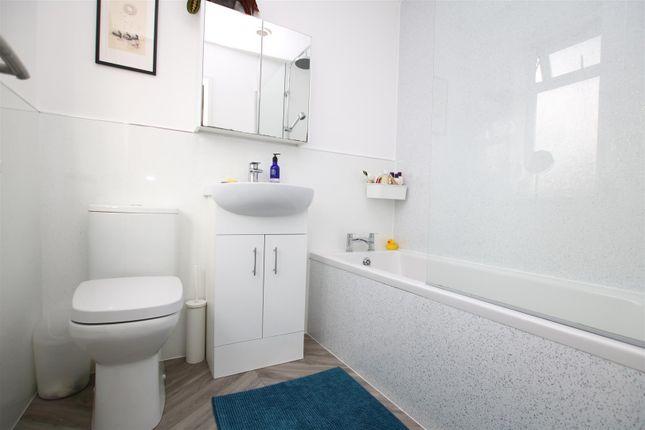 Bathroom of Fairfield Road, Alphington, Exeter EX2