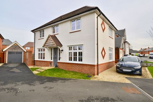 Thumbnail Detached house for sale in Lodge Park Drive, Evesham