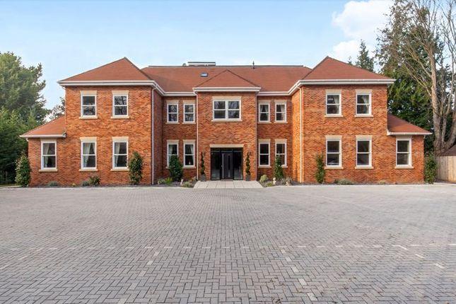 Thumbnail Flat to rent in Skyfall, Brook Lane, Southampton