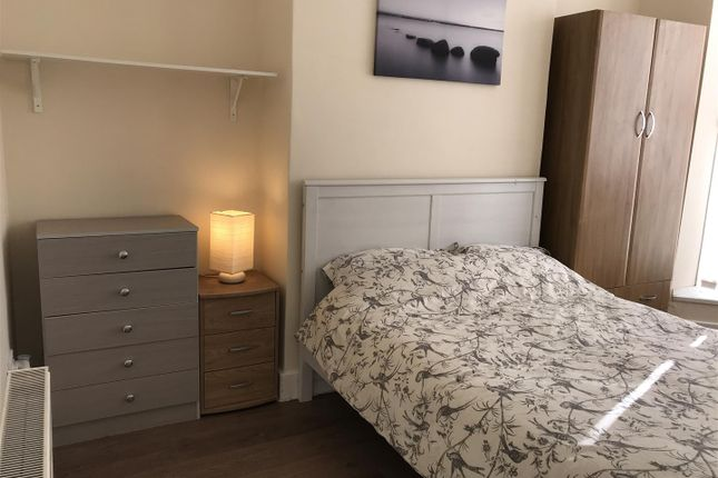 Thumbnail Shared accommodation to rent in De Grey Street, Hull