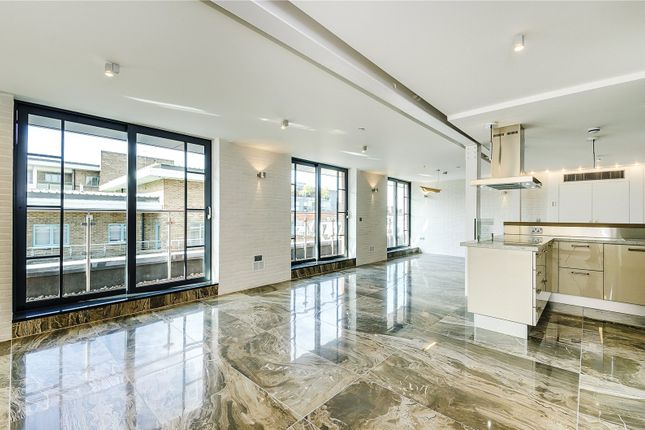 Thumbnail Flat for sale in Douglas House, Douglas Street, London