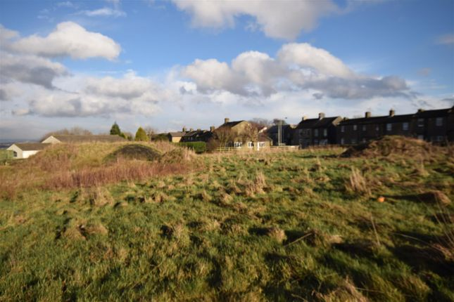 Thumbnail Land for sale in The Avenue, Clayton, Bradford