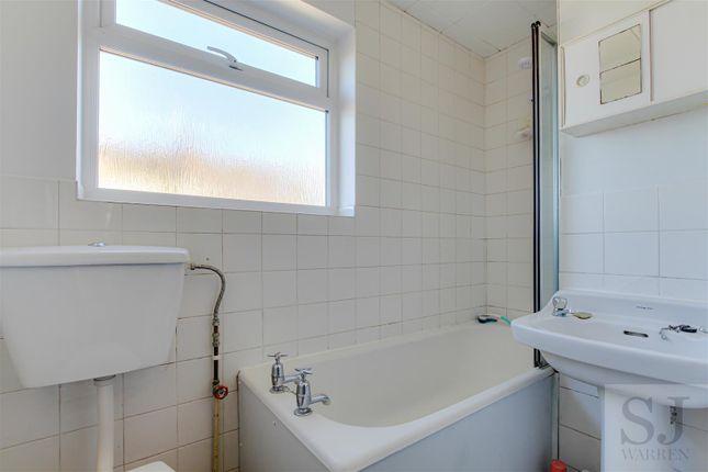 Bathroom of Queenborough Road, Southminster CM0