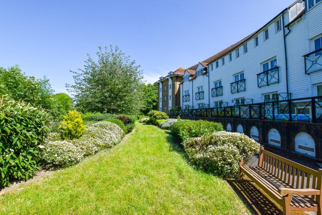 # Shared Gardens of Medway Court, Aylesford ME20