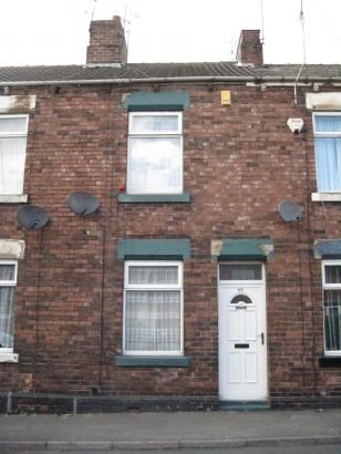 Terraced house to rent in Goosebutt Street, Parkgate, Rotherham