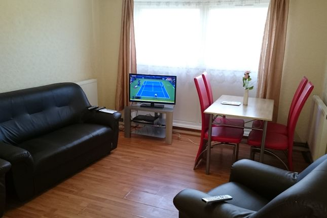 Thumbnail Flat to rent in Cowbridge Lane, Barking