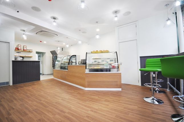 Thumbnail Commercial property for sale in Klburn Lane, Kensal Rise, London