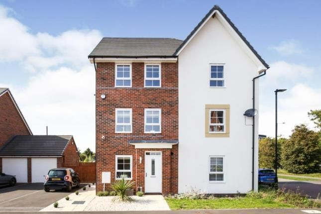 Thumbnail Town house for sale in Town End Drive, Doncaster