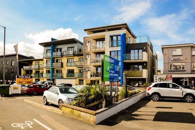 Thumbnail Flat to rent in Henver Road, Newquay