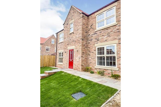 Thumbnail Detached house for sale in Hazelwood Gardens, Edenthorpe Doncaster