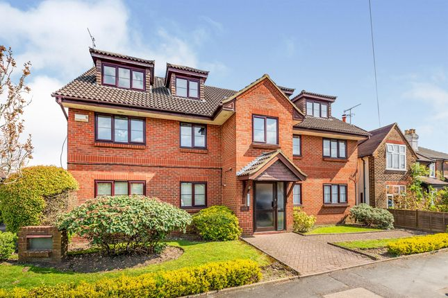 1 bed flat for sale in Albury Road, Merstham, Redhill RH1