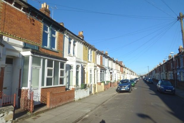 Thumbnail Property to rent in Dover Road, Baffins, Portsmouth