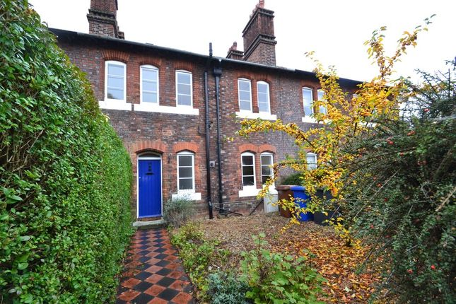 Thumbnail Terraced house to rent in Kings Road, Bury St. Edmunds