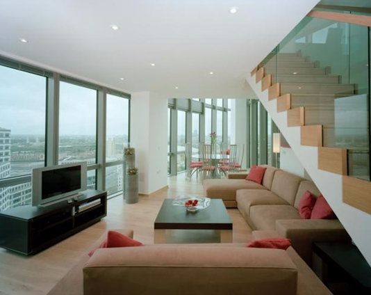 Thumbnail Flat to rent in No. 1 West India Quay, Hertsmere Road, Canary Wharf