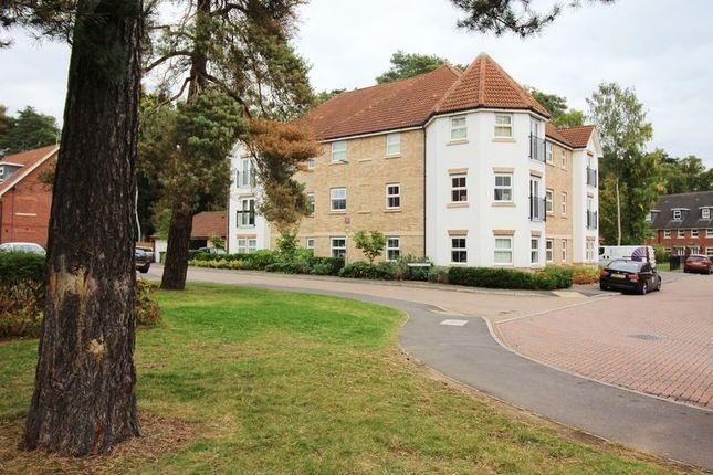 Thumbnail Flat for sale in Haskins Gardens, Farnborough