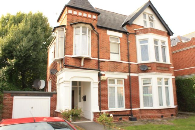 Thumbnail Detached house to rent in Birch Grove, Ealing