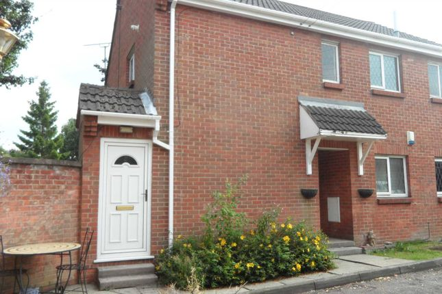 Thumbnail Flat for sale in Meadow Court, Broadmeadows, South Normanton, Alfreton