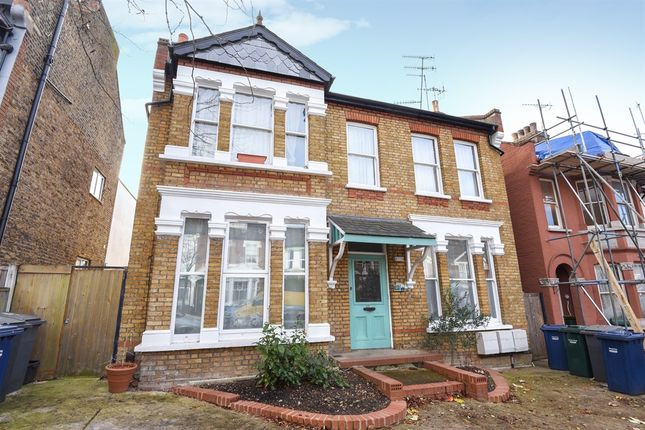 Thumbnail Flat for sale in Elm Park Road, London