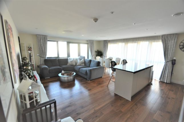 Thumbnail Flat to rent in Inglis Way, Mill Hill