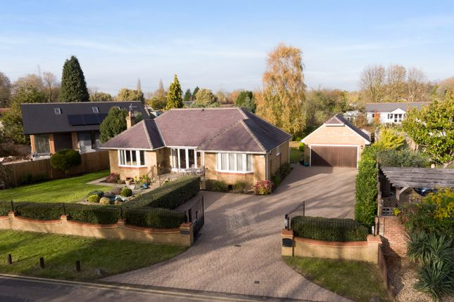 Thumbnail Detached house for sale in Towpath, Shepperton