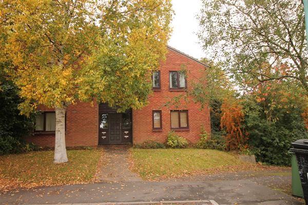 Thumbnail Flat to rent in Rangeworthy Close, Walkwood, Walkwood, Redditch