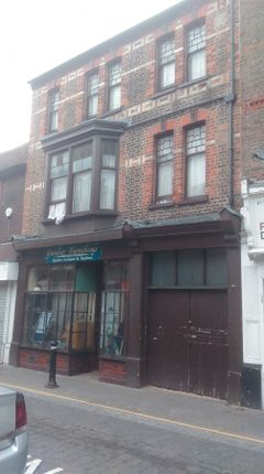 Thumbnail Flat for sale in High Town Road, Luton