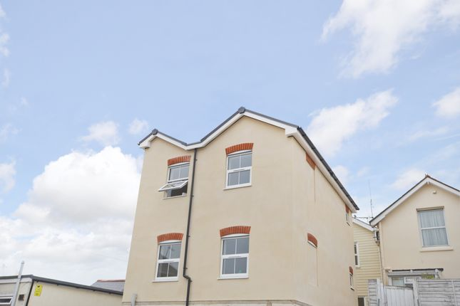 2 bed flat for sale in Regent Street, Shanklin
