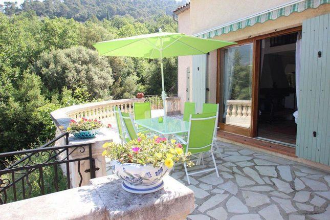 Claviers, Provence-Alpes-Cote D'azur, 83830, France