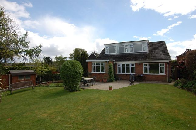 Detached house for sale in White Oak Drive, Kingswinford