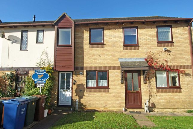 2 bed terraced house for sale in Spindleside, Bicester
