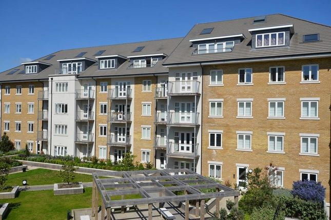 Thumbnail Flat to rent in Hurley House, Park Lodge Avenue, West Drayton