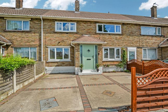 Terraced house for sale in Bennett Road, Scunthorpe