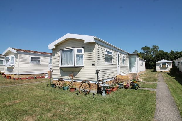 Thumbnail Property for sale in Meadow View Park, Grreat Clacton