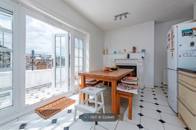 Thumbnail 2 bed flat to rent in Lavender Sweep, London