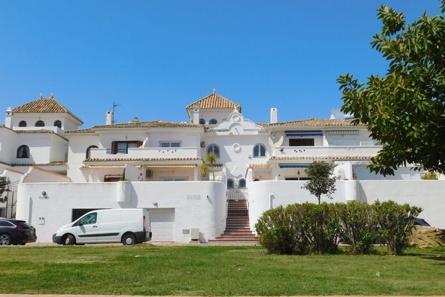 Town house for sale in Calle Cristobal Morales, Duquesa, Manilva, Málaga, Andalusia, Spain