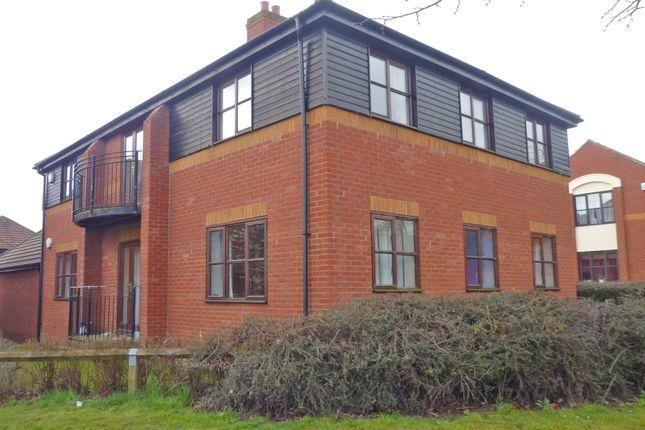 2 bed flat to rent in Winstanley Lane, Milton Keynes