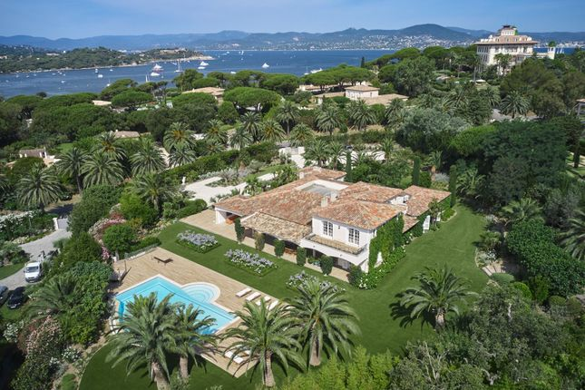 Thumbnail Villa for sale in Saint Tropez, St. Tropez, Grimaud Area, French Riviera