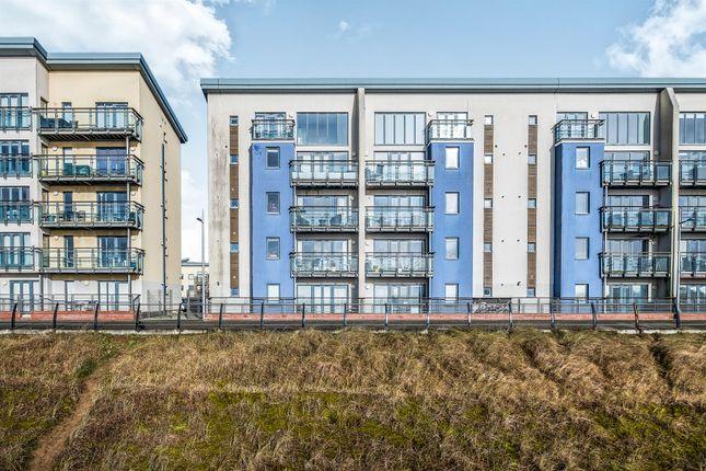 Thumbnail Flat for sale in St Margrets Court, Maritime Quarter, Swansea