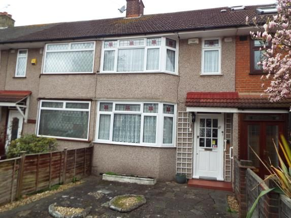 Thumbnail Property for sale in Woodford Bridge, Essex
