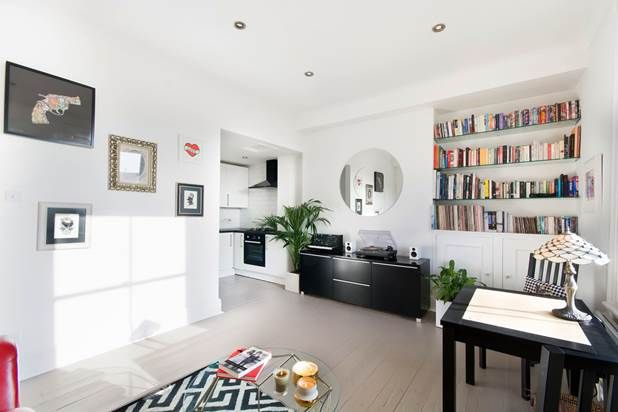Thumbnail Flat for sale in St Charles Square, London